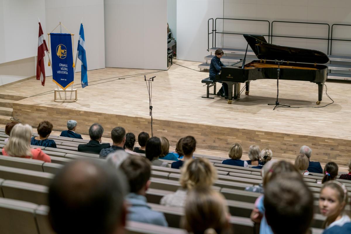 Meistarklases nosleguma koncerts Jurmalas muzikas vidusskola-13