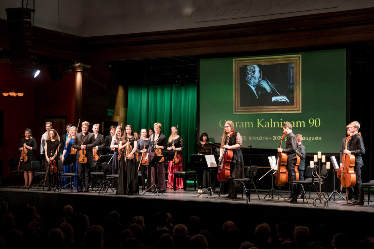 Ojaram Kalninam 90 koncerts DZK-41