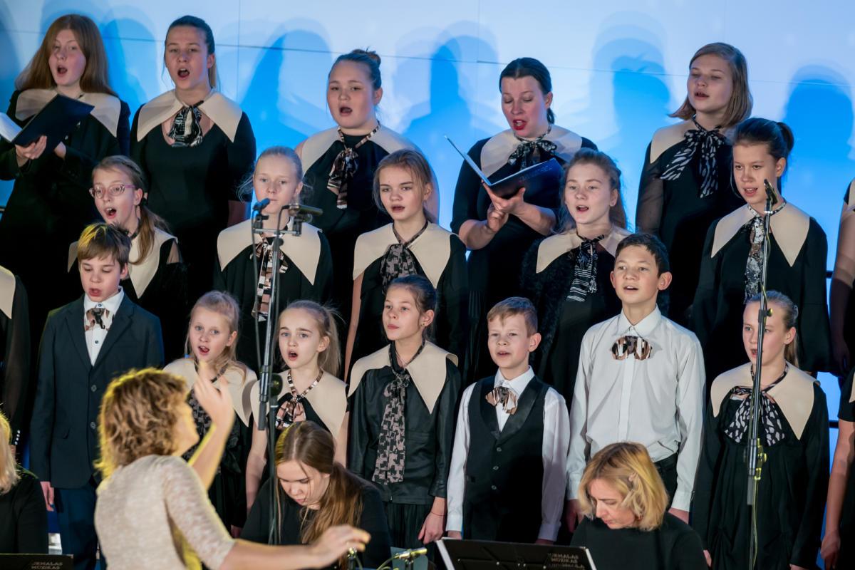Ziemassvetki Dubultu Kulturas kvartals Muzikas skolas koncerts-34