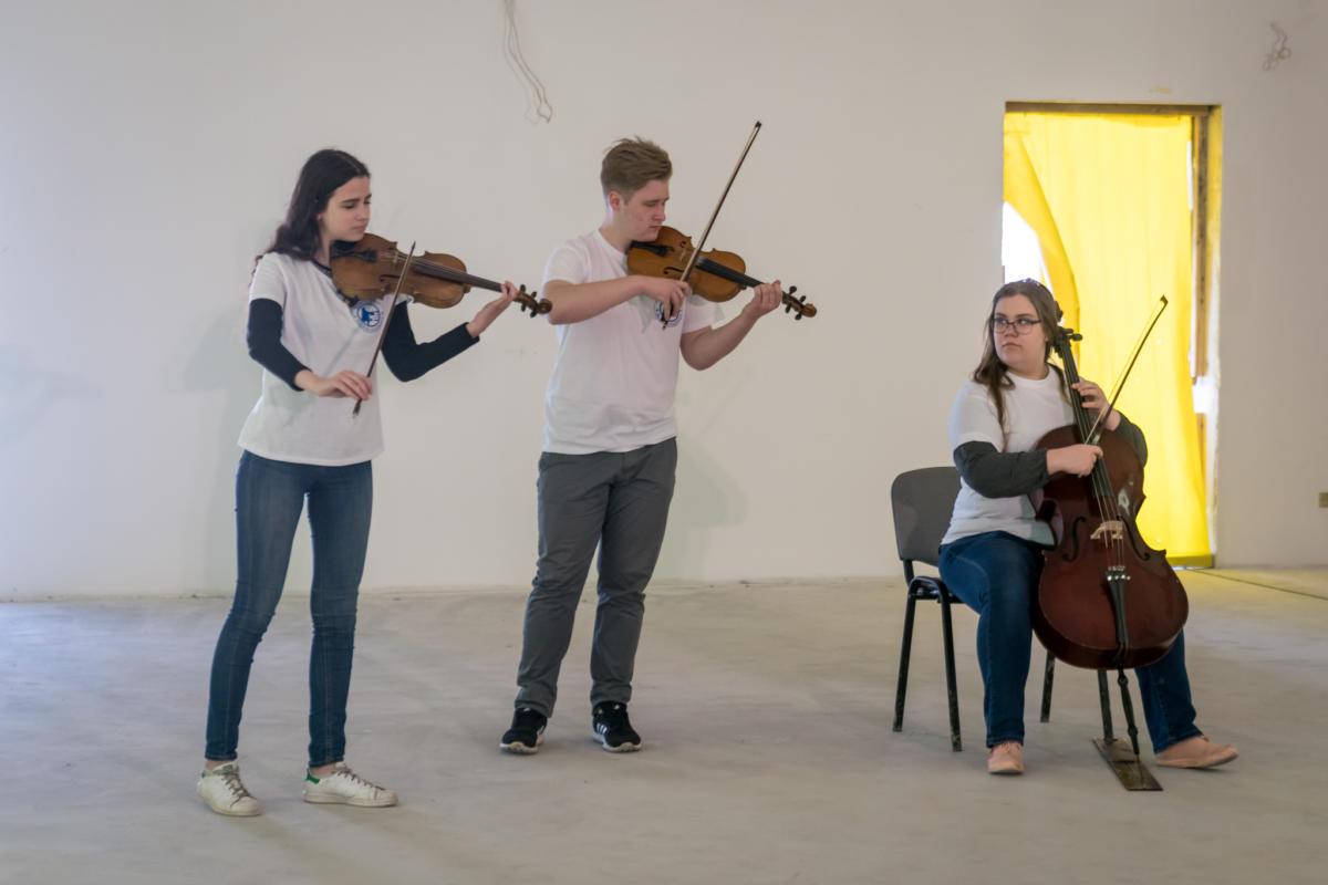 Jurgi Muzikas skola-24