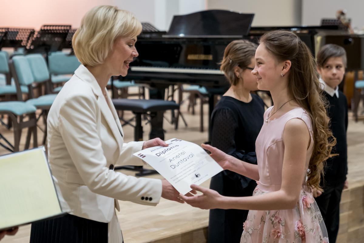 Konkursa apbalvosana Jurmalas Muzikas vidusskola-16