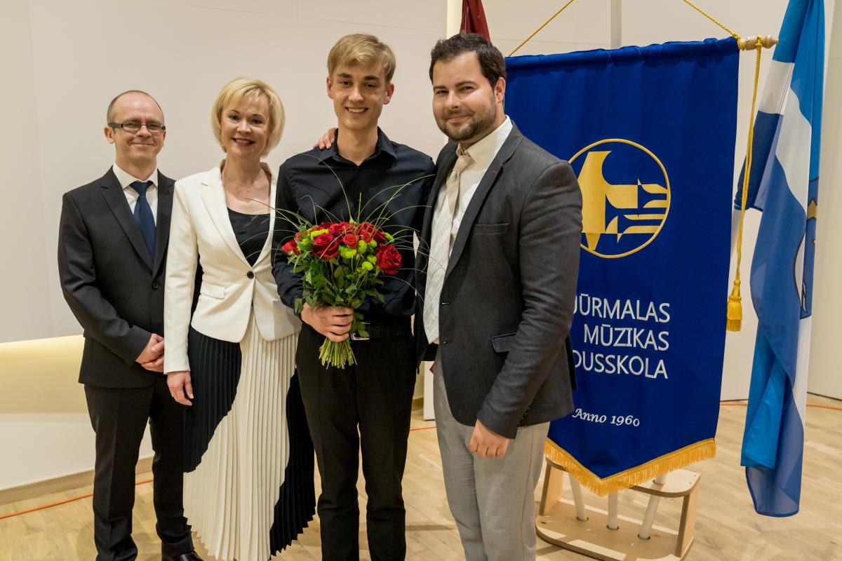 Konkursa apbalvosana Jurmalas Muzikas vidusskola-37