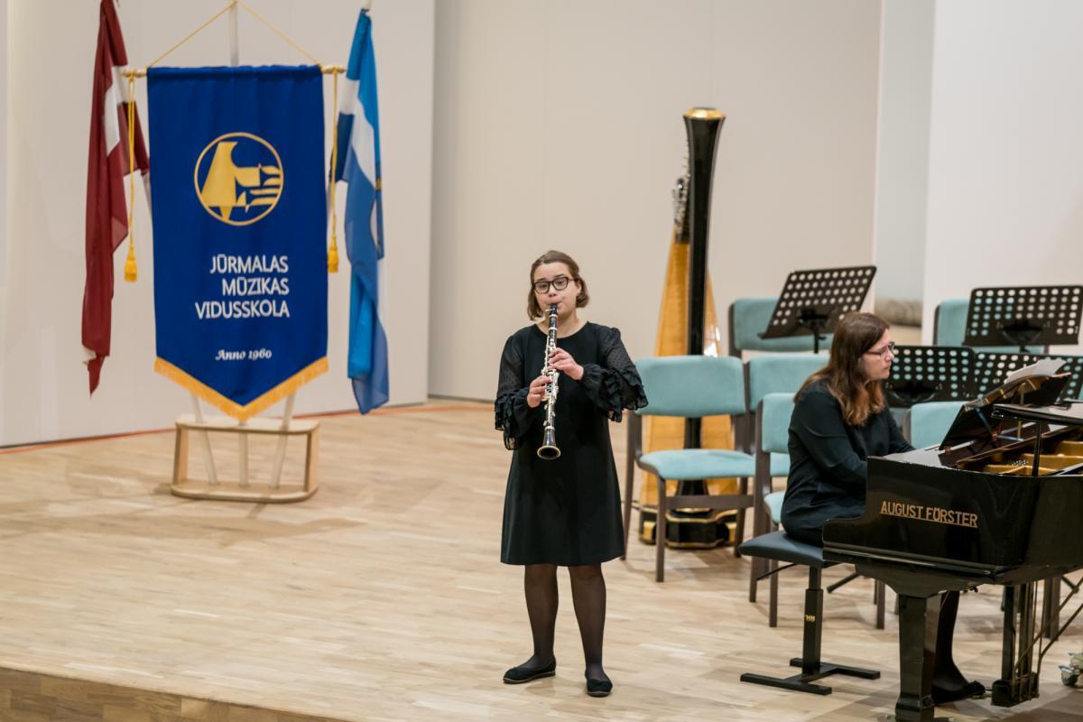Konkursa apbalvosana Jurmalas Muzikas vidusskola-44