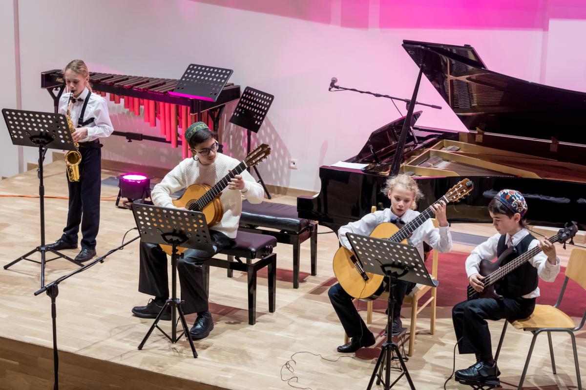 Gimenu koncerts Jurmalas Muzikas skola Raimonds Ozols-19