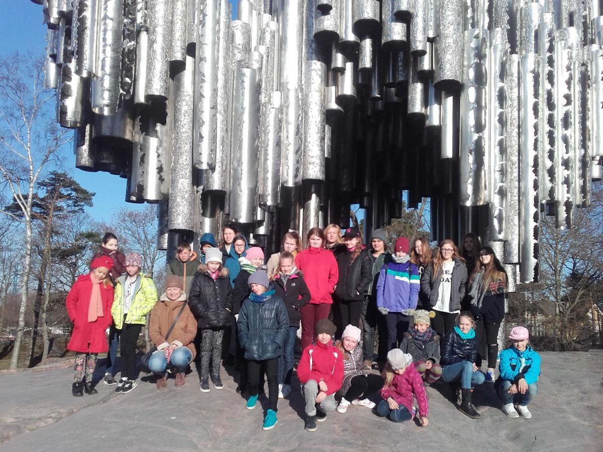 Pie-pieminekļa-J.Sibeliusam-Helsinkos