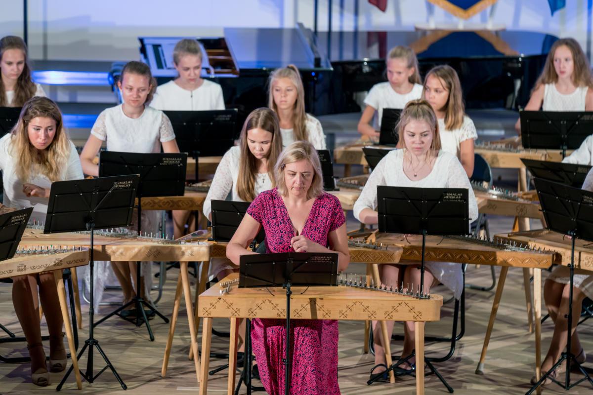 Pirmais-septembris-Muzikas-vidusskola (23)