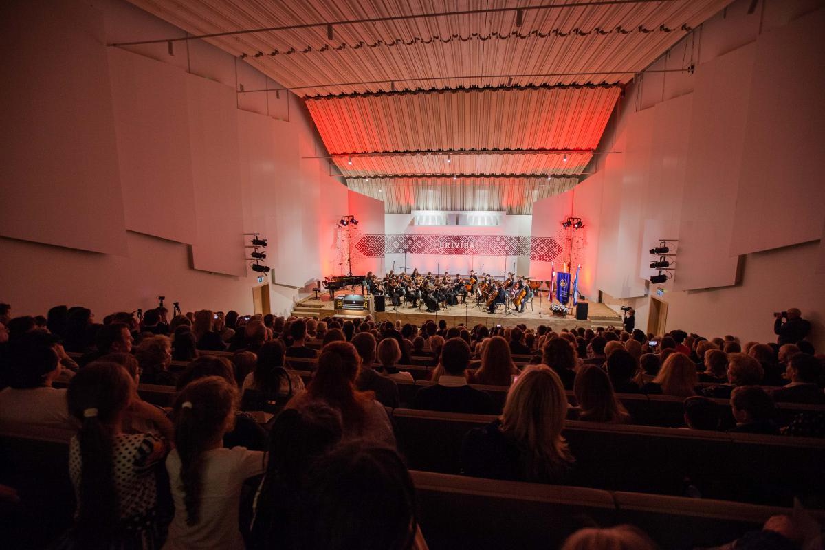 """Valsts svētku koncerts """"Brīvība un jūra"""" Artis Veigurs-25"""